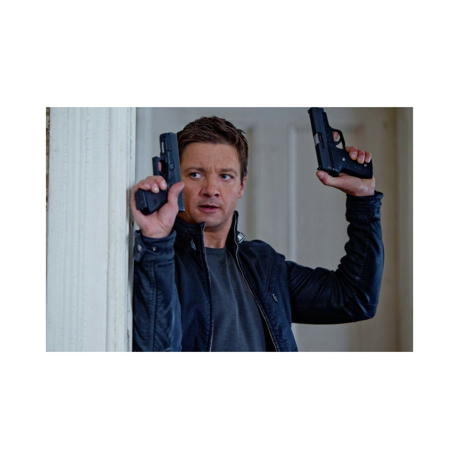 Film TIM FILM STUDIO Dziedzictwo Bourne'a The Bourne Legacy